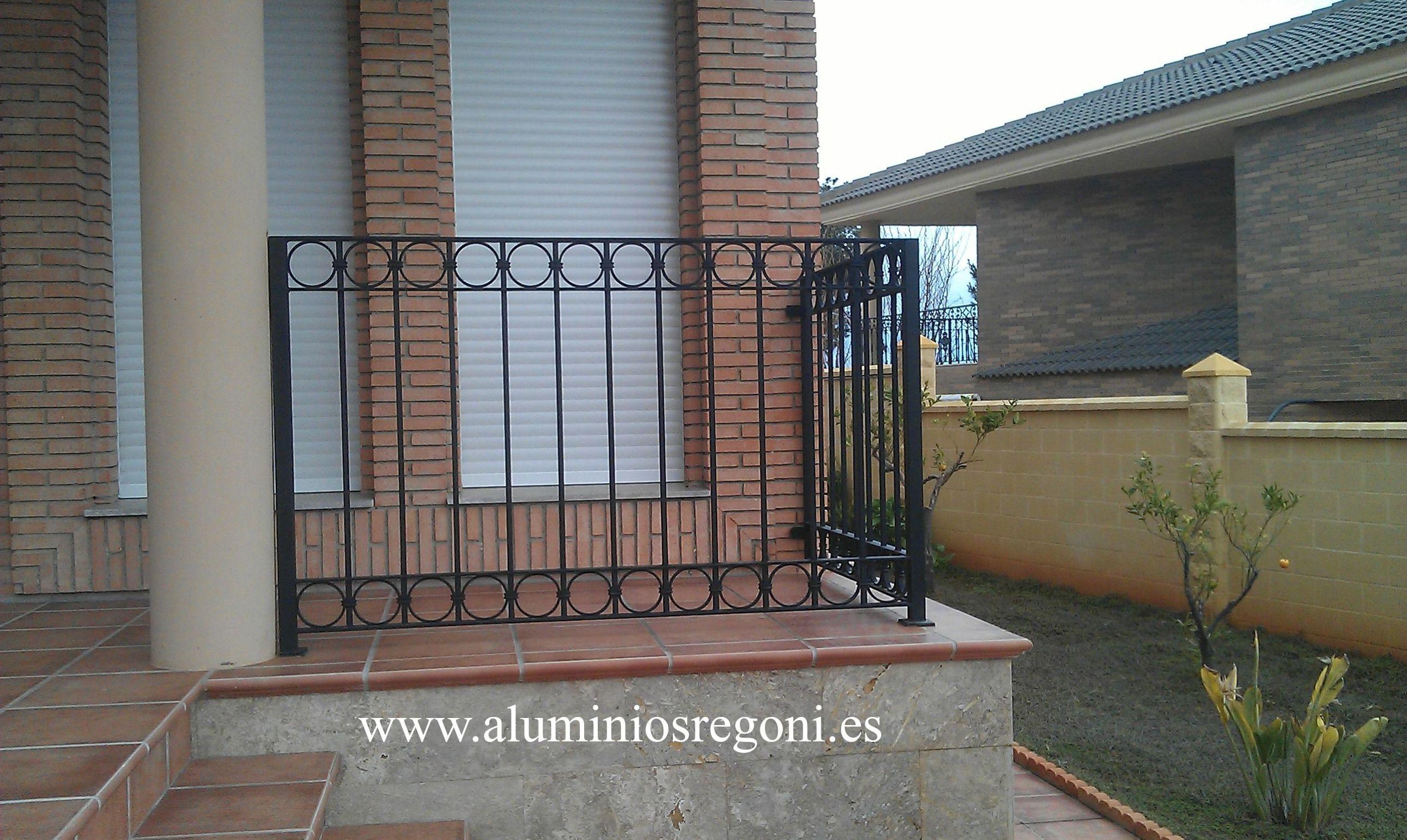 Barandas y barandillas de hierro nuestros productos de aluminios regoni - Barandas de hierro modernas ...