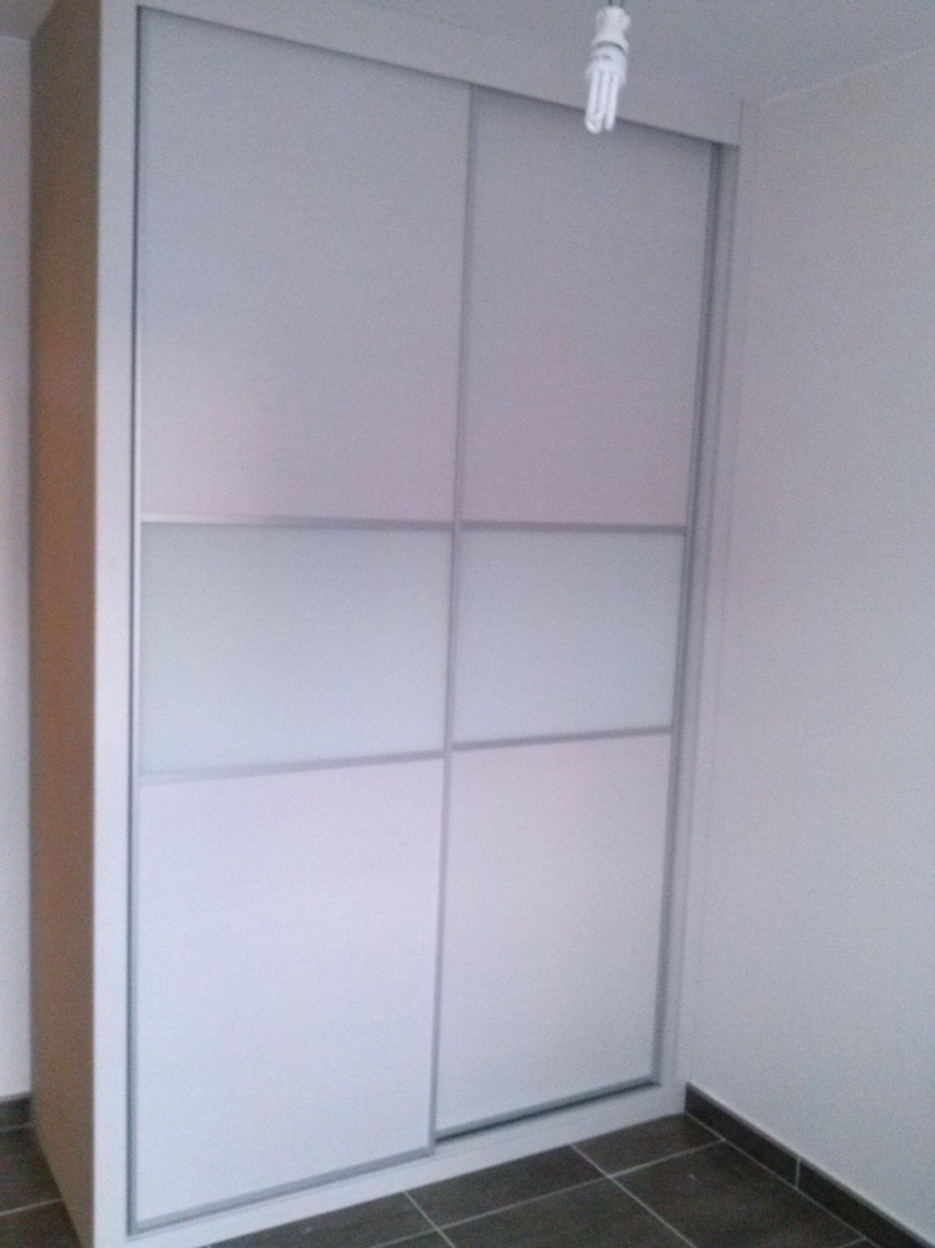 Puerta corredera armario empotrado finest armario - Puertas correderas abatibles ...