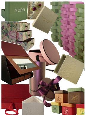Cajas sombrereras en madrid centro para realzar tus productos for Cajas de carton madrid