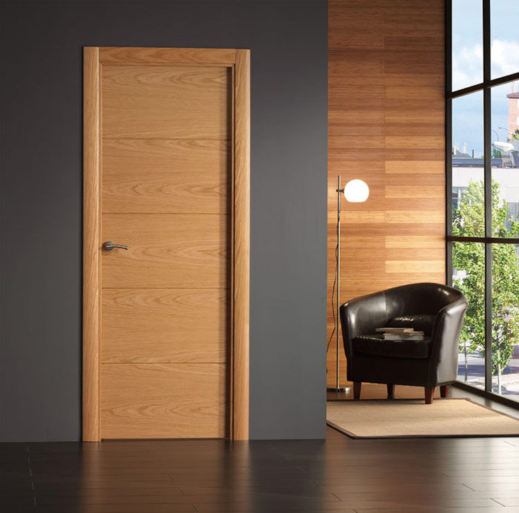 1 4 lisa maciza ranurada en v horizontal productos de for Puertas madera barcelona