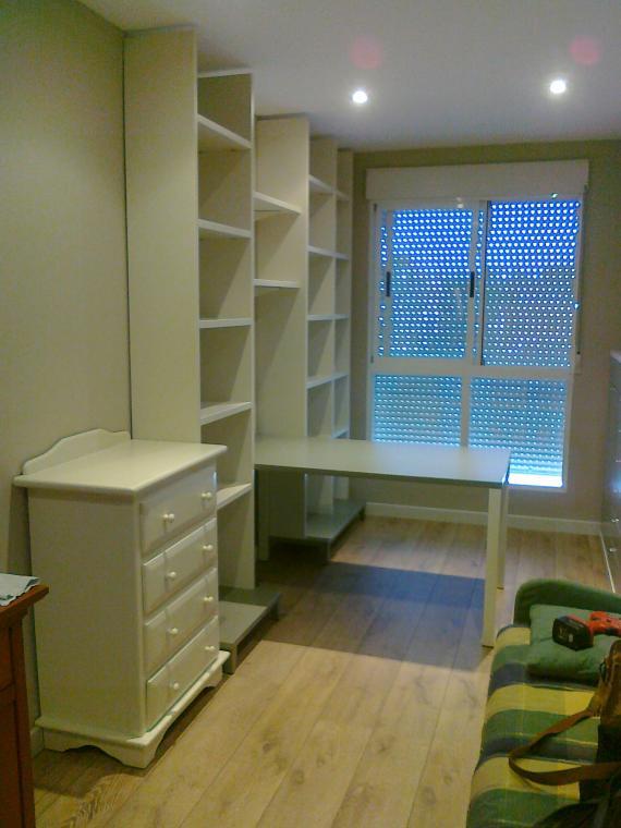 Foto 41 de restauraci n de muebles y antig edades en for Restaurar muebles lacados