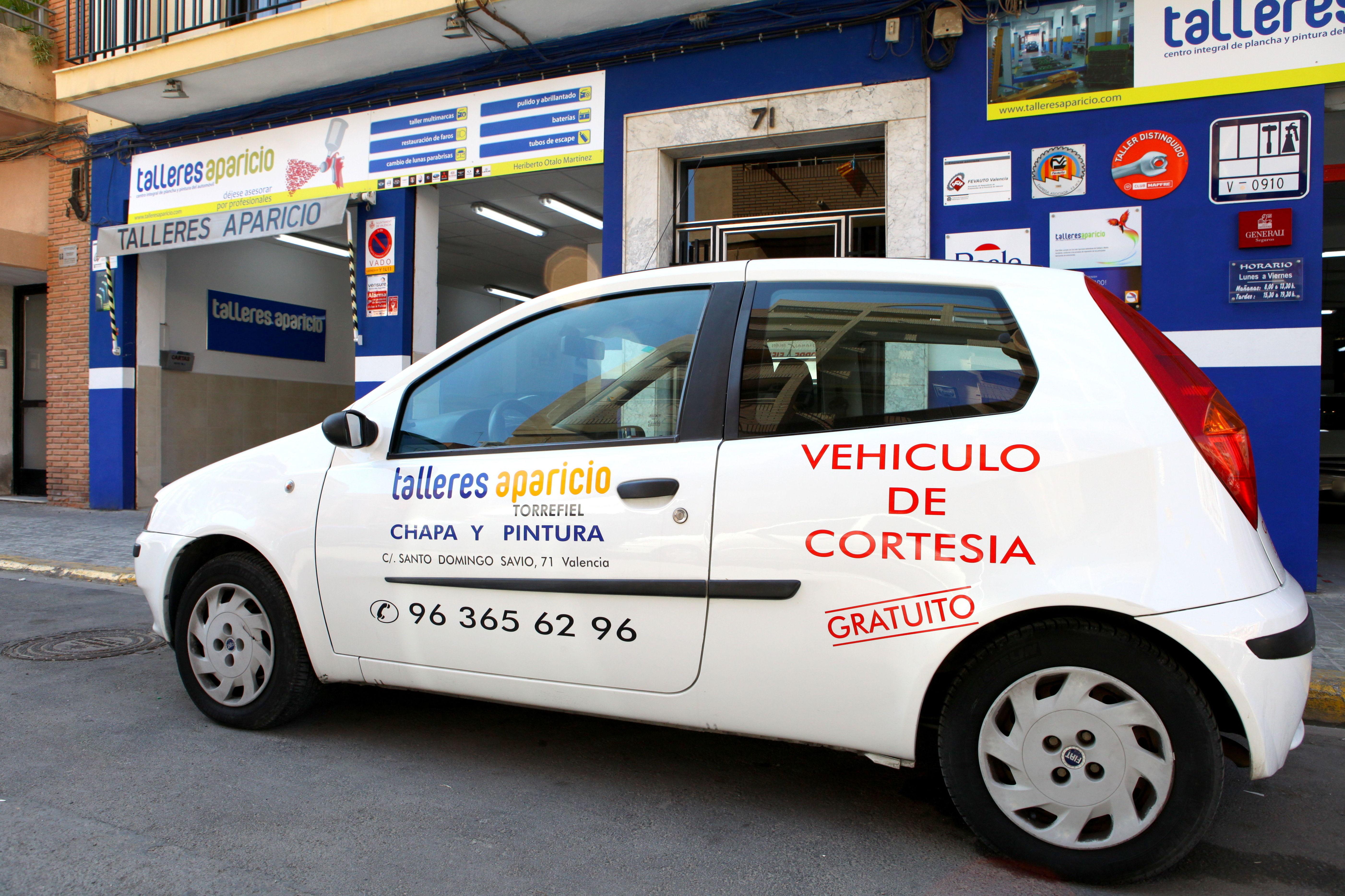 Foto 66 de Talleres de chapa y pintura en Valencia   Talleres Aparicio Autochiquero