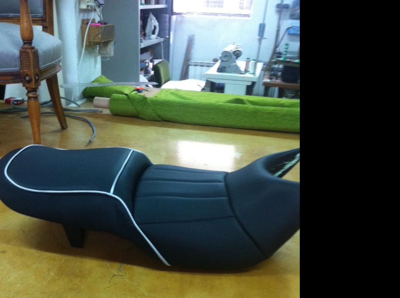 Tapizado de asientos de motos productos de c rdoba tapizados - Tapicerias en cordoba ...