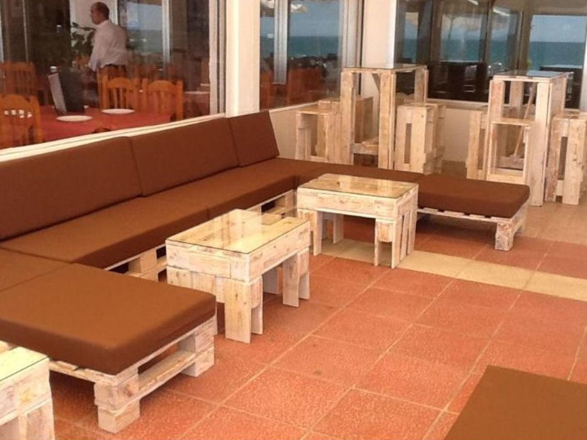 Muebles de pales gallery of ms de ejemplos de muebles for Muebles de terraza con palets