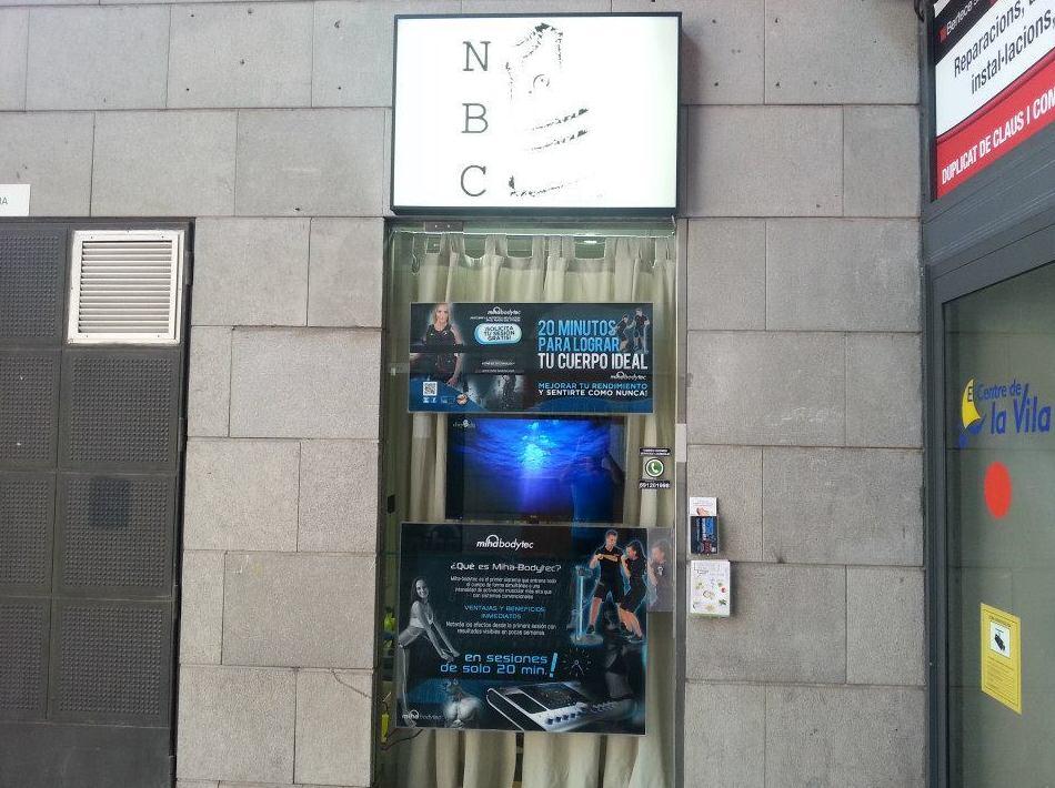 Puerta de nuestro local