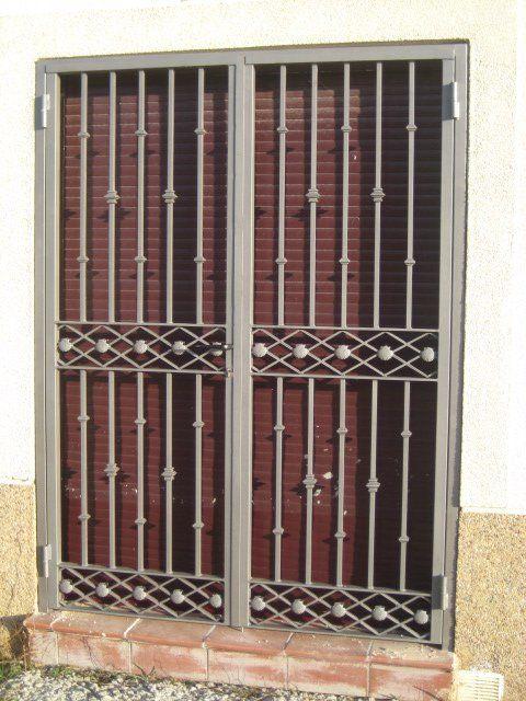 Related pictures puertas rejas para ventanas hierro - Rejas de hierro para puertas ...
