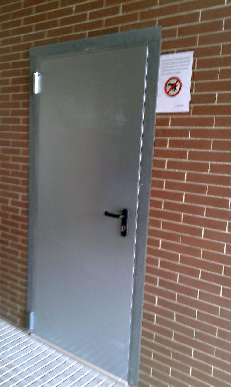 Puertas de trasteros