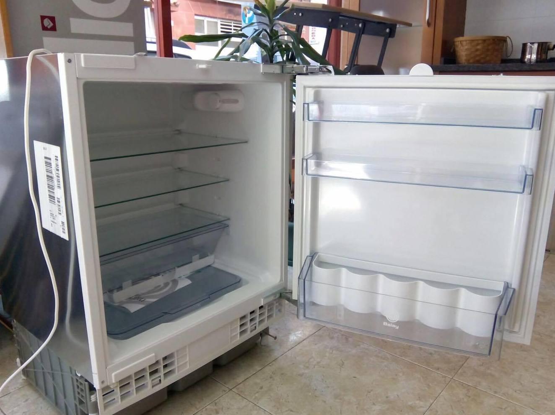 Liquidacion frigorifico exposicion catalogo de cahema hogar for Liquidacion muebles terraza