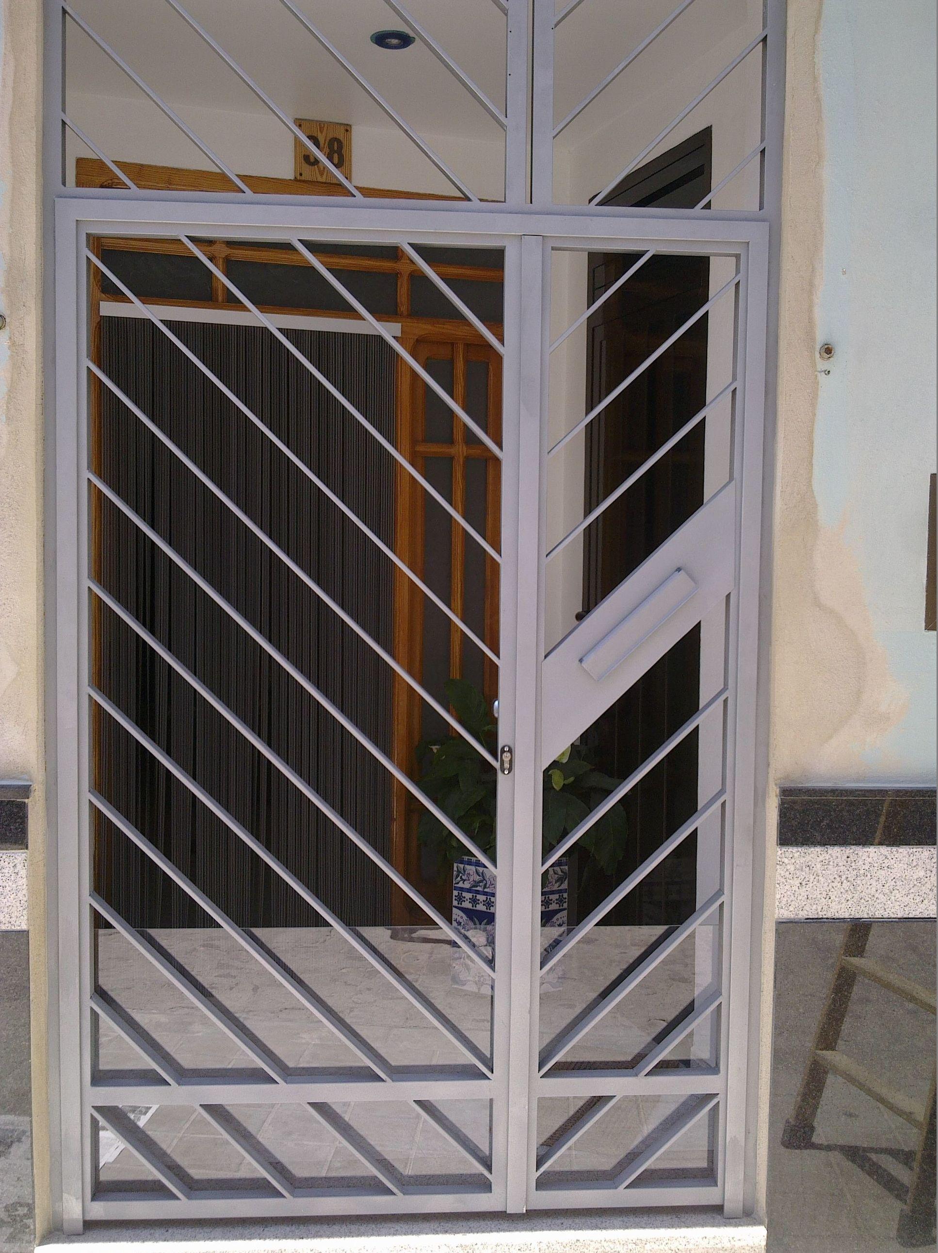 Puertas cancelas de hierro simple rejas forja puertas - Cancelas de hierro ...