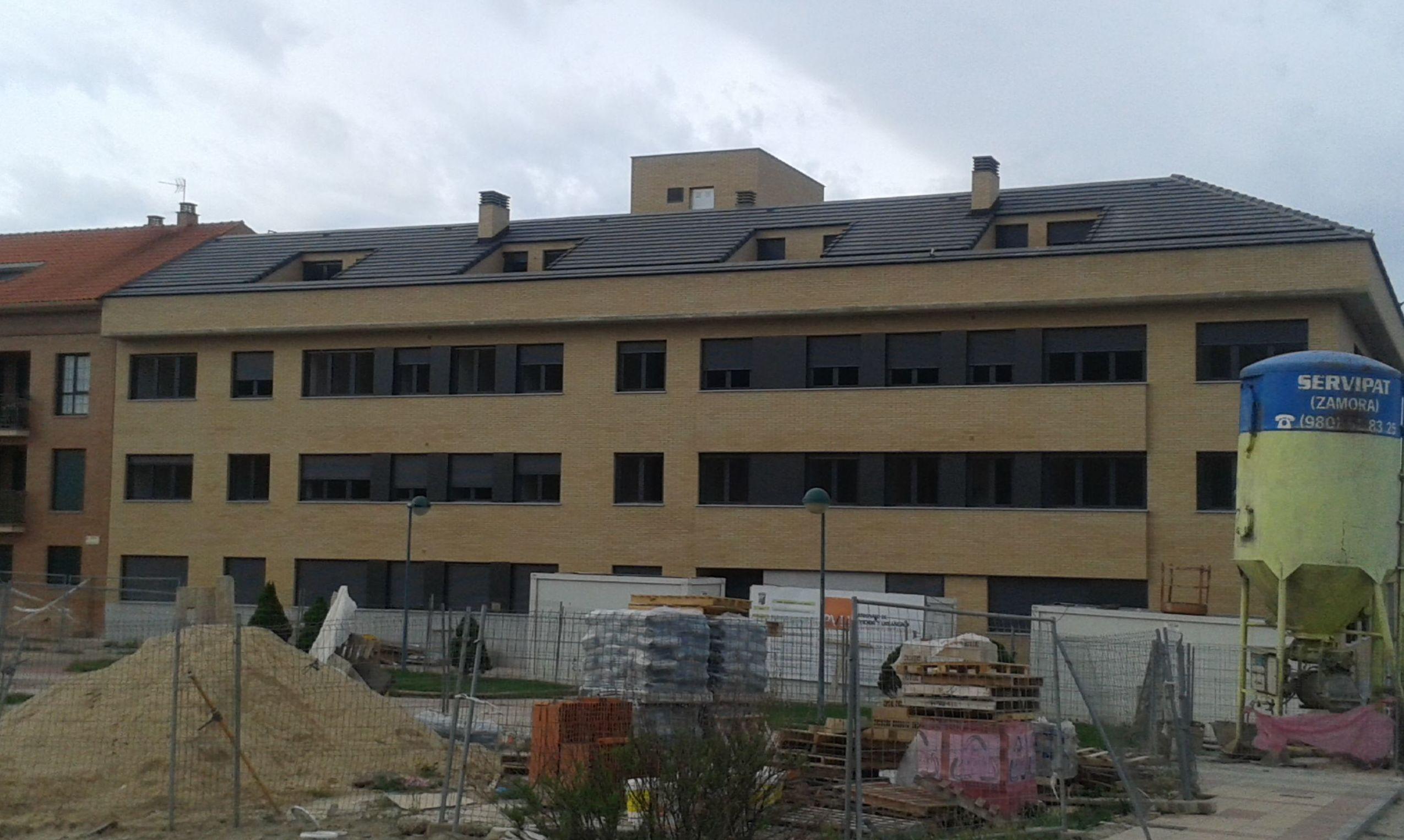 Rehabilitaci n de fachadas en salamanca pixolith - Fachadas viviendas unifamiliares ...