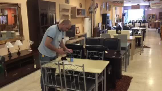 Recogida muebles gijon amazing reformas cocinas y baos for Muebles usados murcia