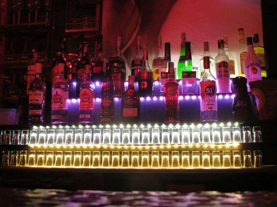 Pub cocteleria en el Carmen: Servicios de Home & Business