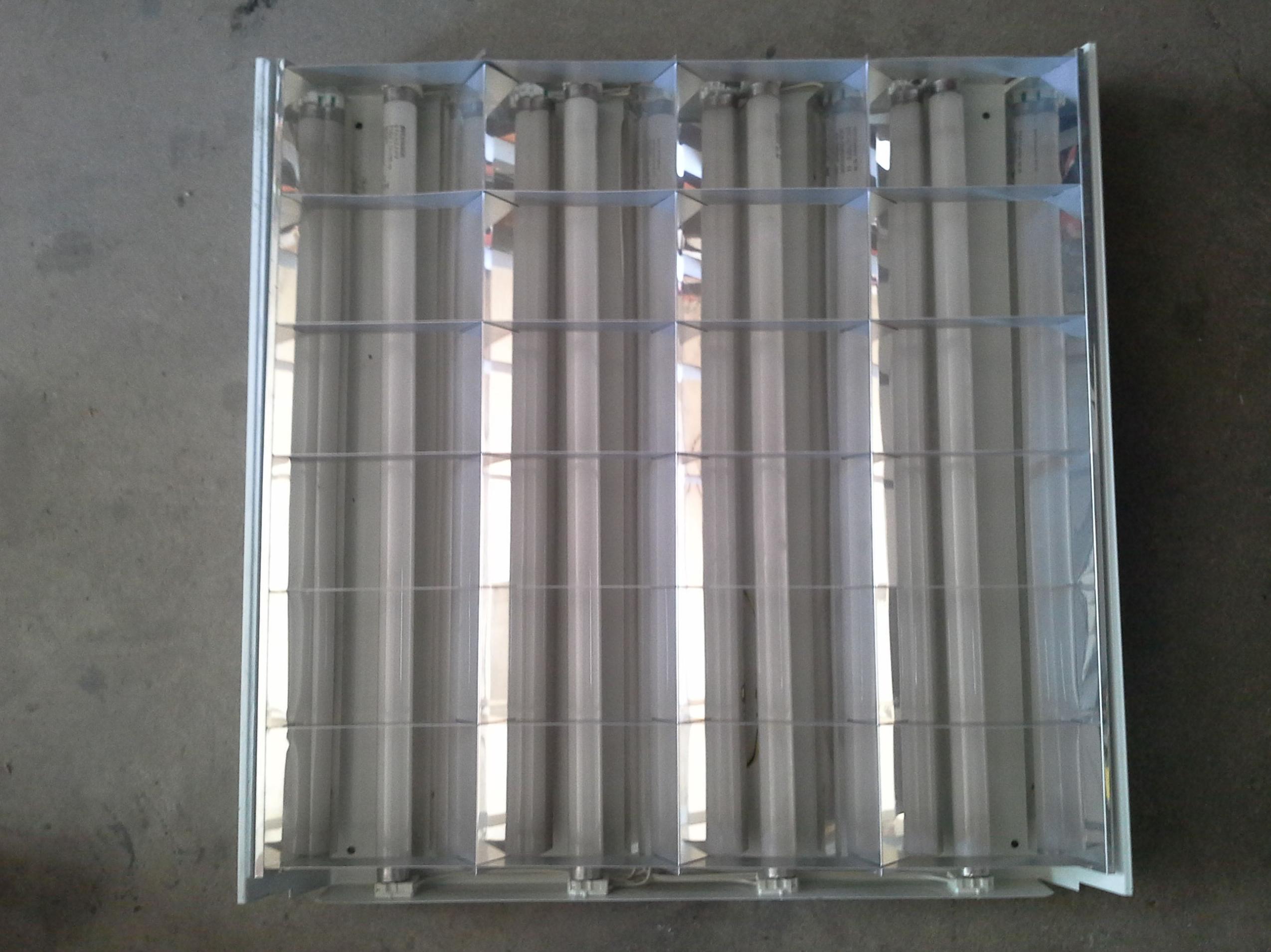pantallas de luz para techo de escayola dd oficinas en chatarras clemente de albacete