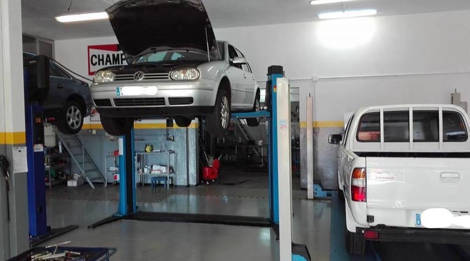 Foto 3 de Talleres de automóviles en Los Campitos | Talleres Speed