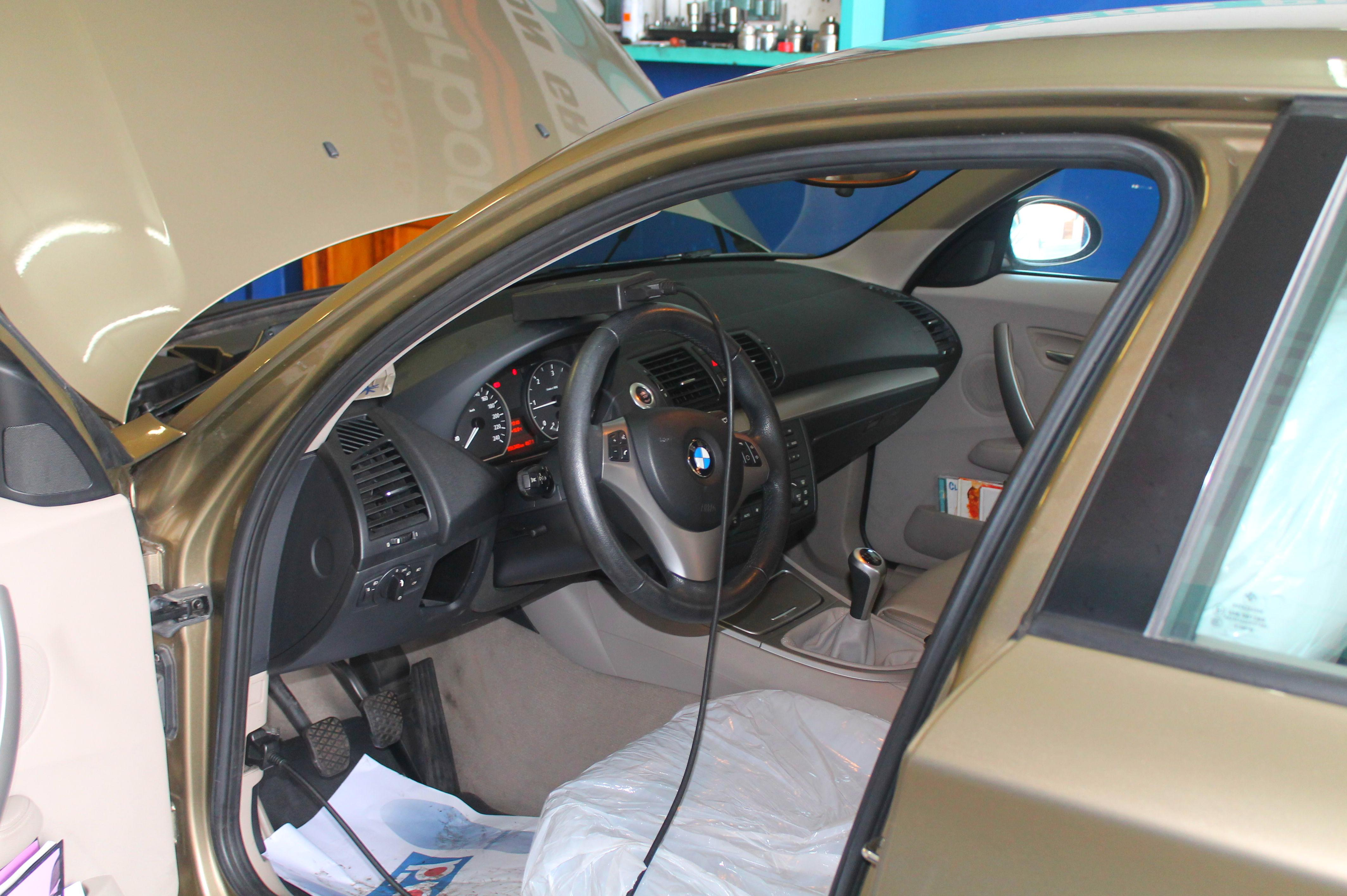 Diagnosis electrónica por bluetooth en BMW serie 1   118D
