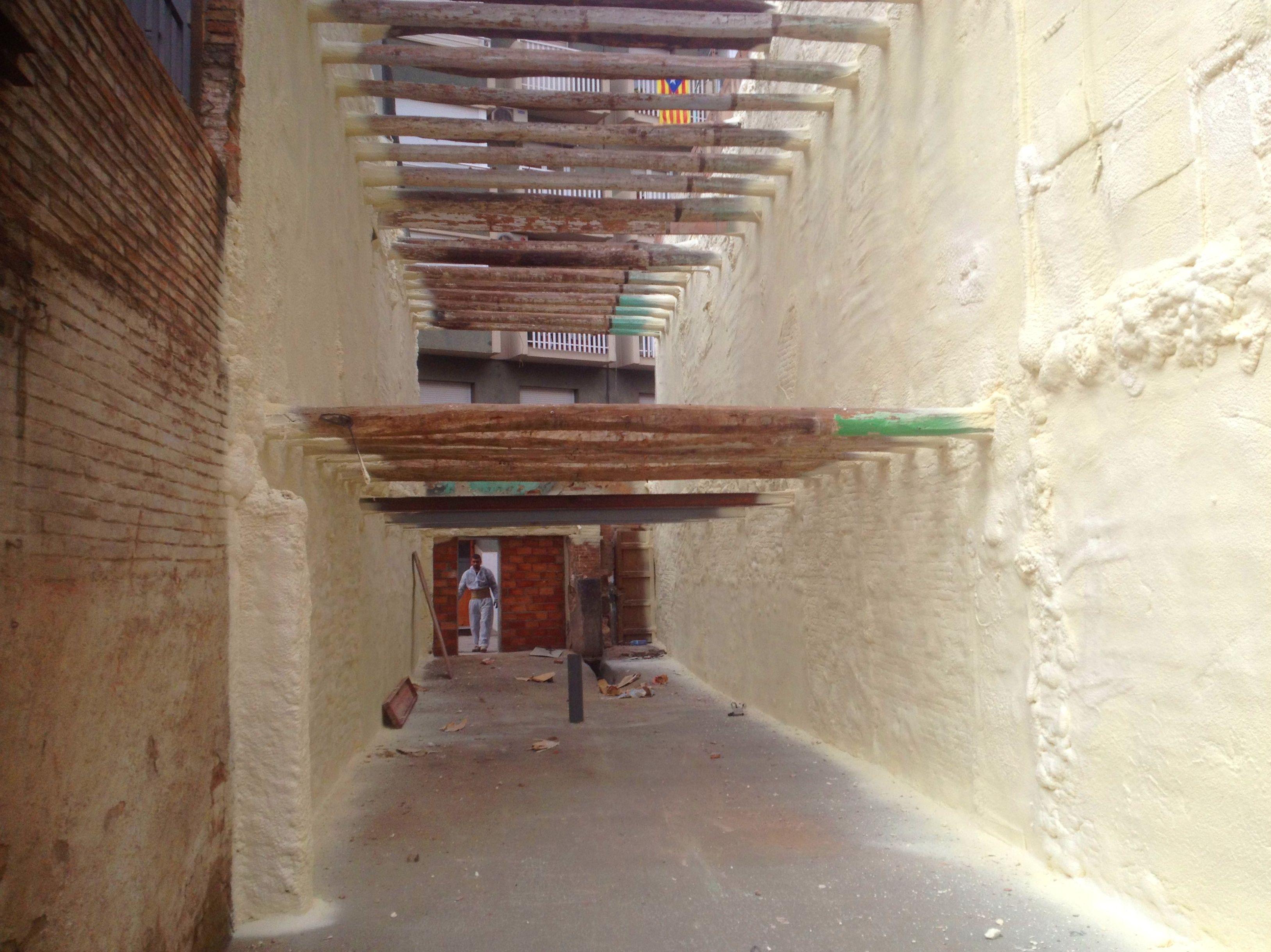 Servicios de aislamiento térmico de superficies para la construcción