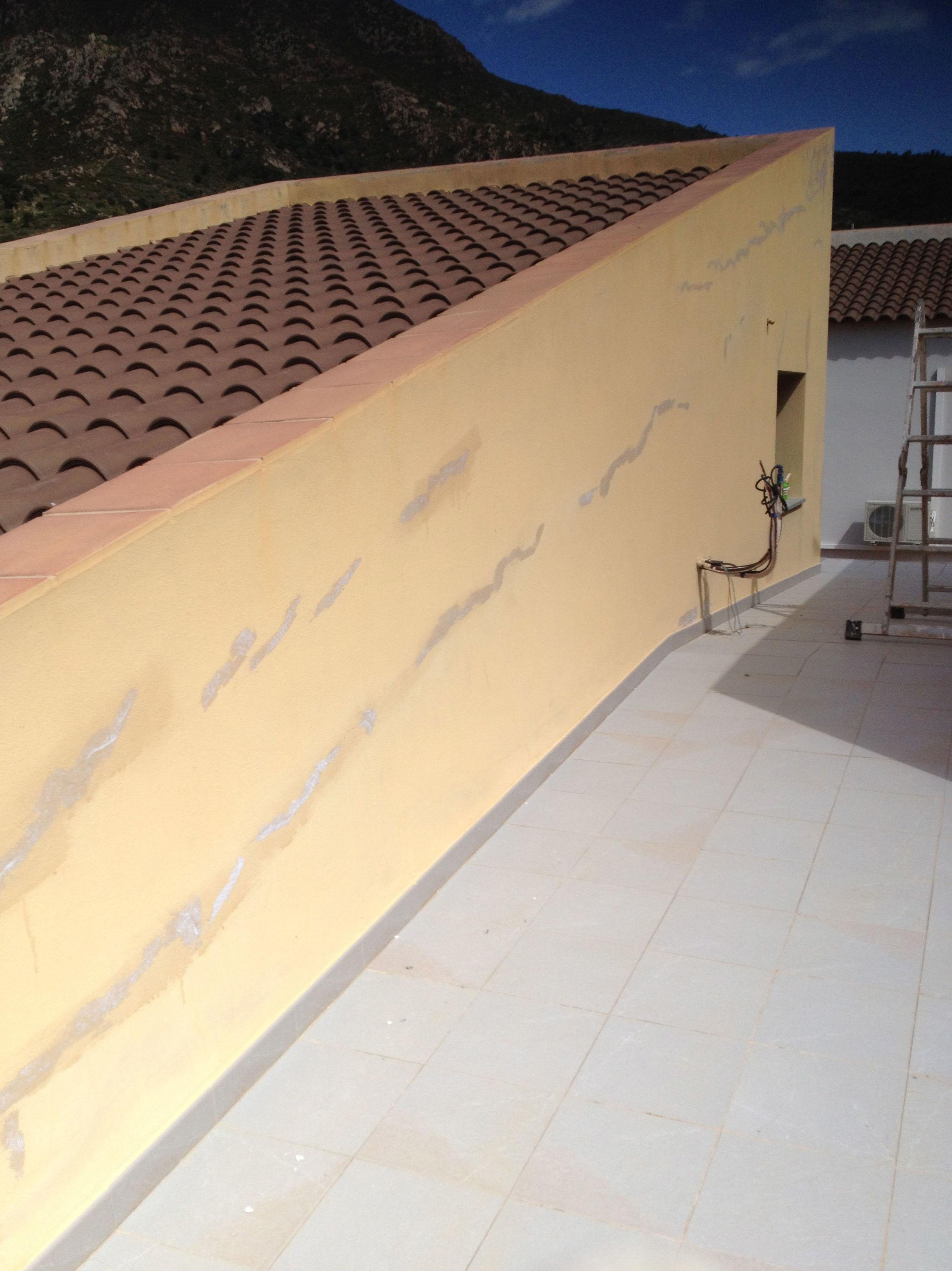 Trabajos de pintura de edificios en Girona