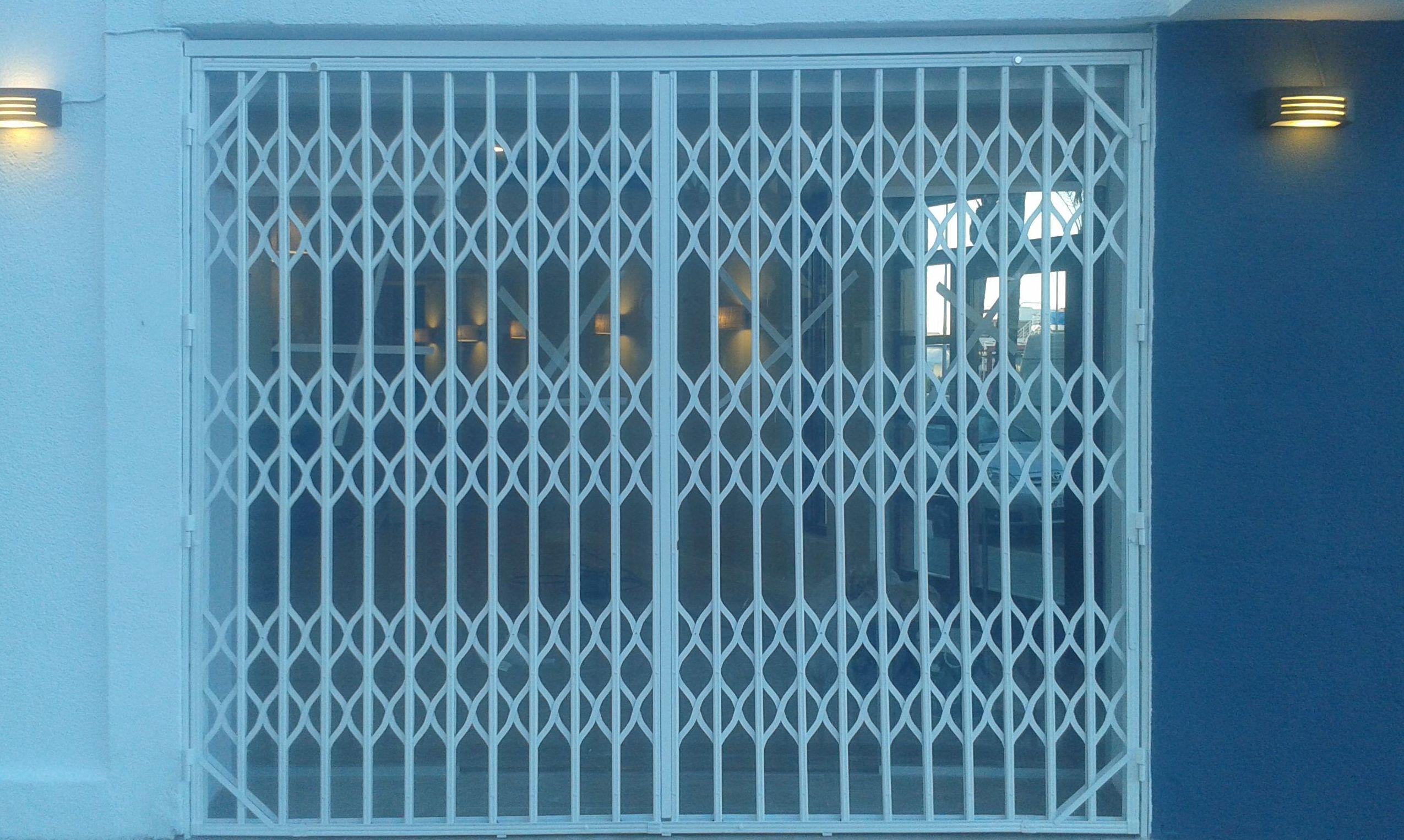 Puerta de ballesta en Rte gavila
