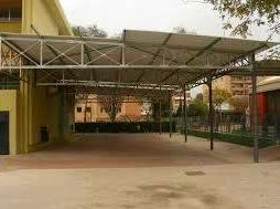 Pergola en colegio vesanes de 230 m2 sin pilares en el centro