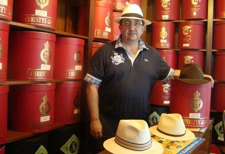 Foto 22 de Sombreros y gorras en Santiago de Compostela | Sombrerería Iglesias