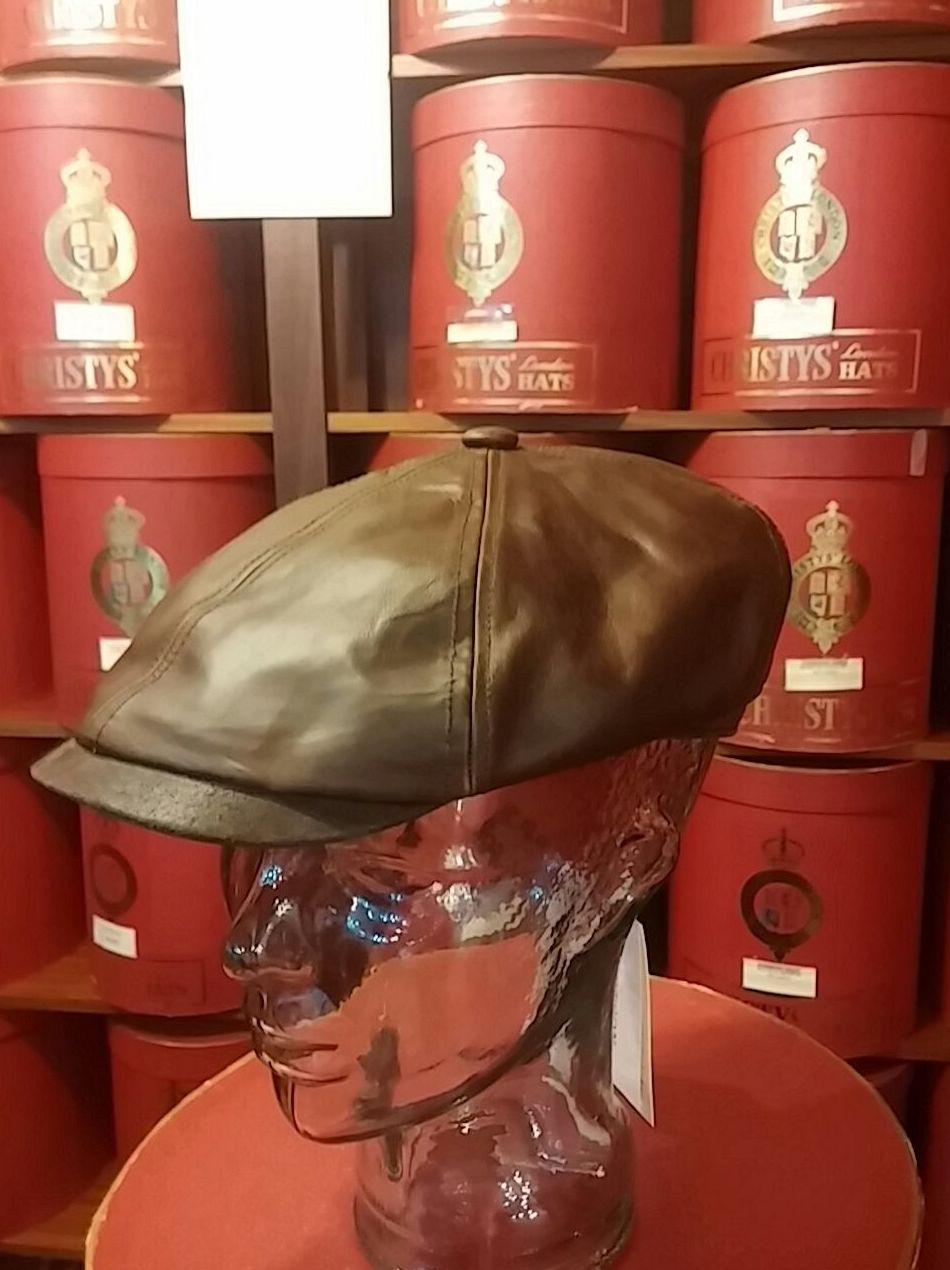 Foto 9 de Sombreros y gorras en Santiago de Compostela | Sombrerería Iglesias