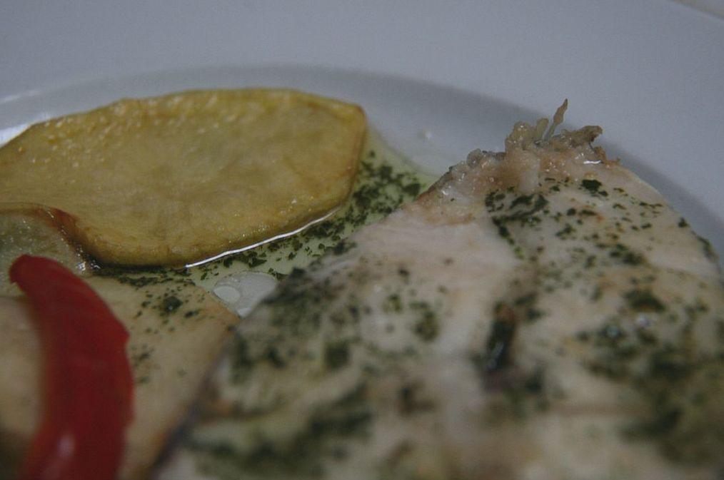 Cogote de merluza a la plancha: Carta de Restaurante Goizeko Izarra