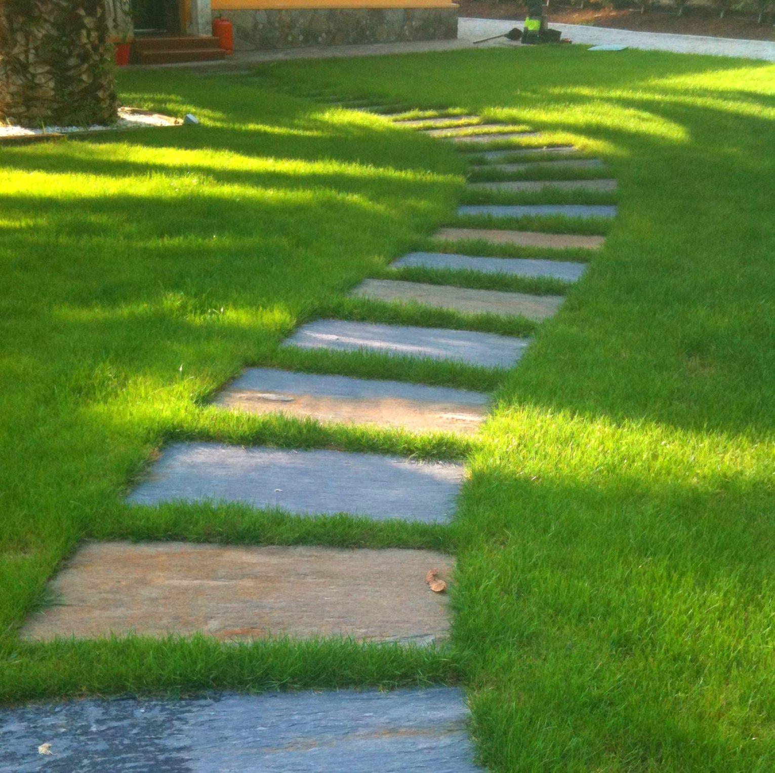Losetas para jardin gusano en piedra artificial y losa - Losas para jardin ...