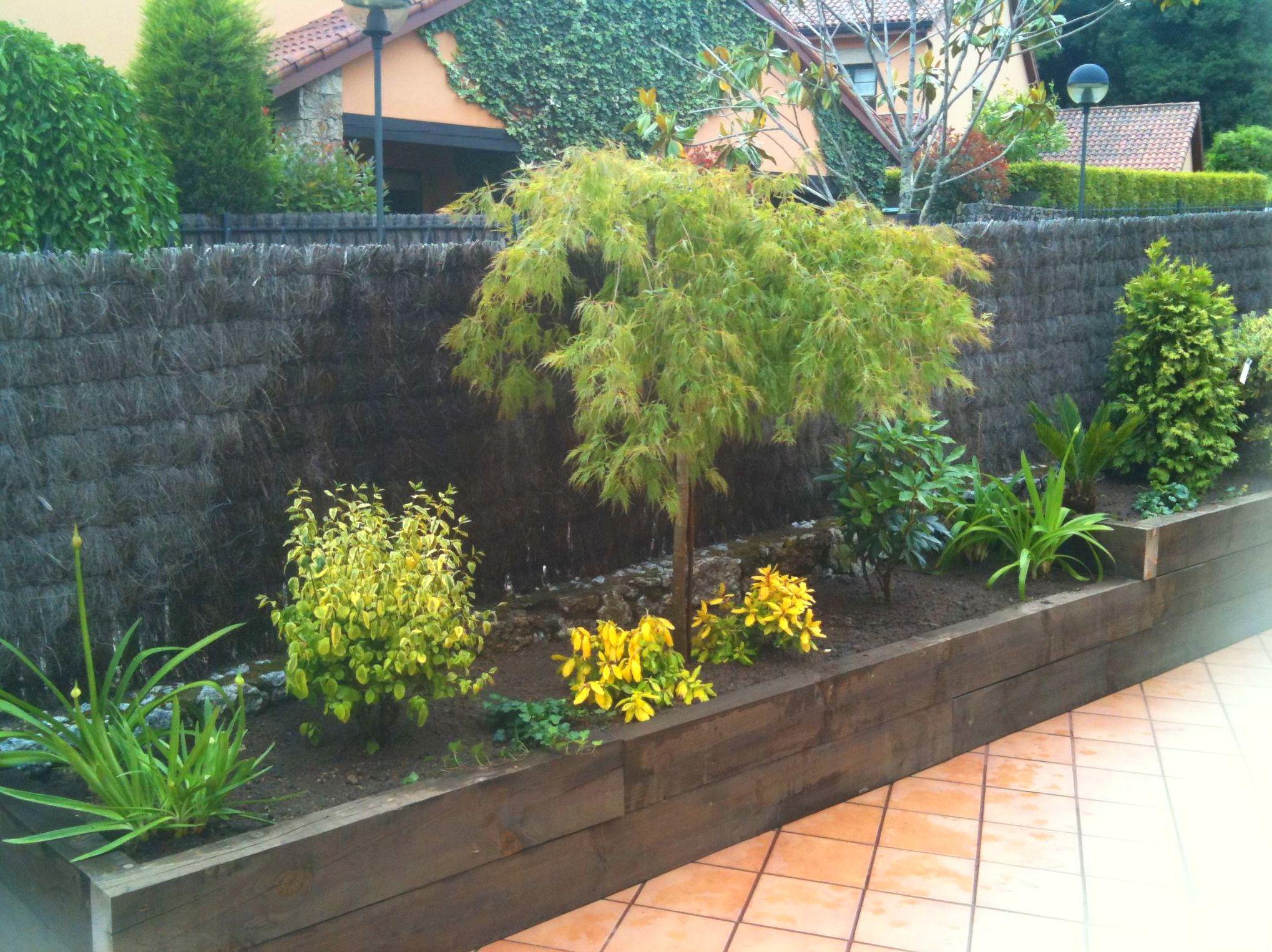 Foto 9 de jardiner a en carral jardiner a rtabro - Jardineras de exterior ...