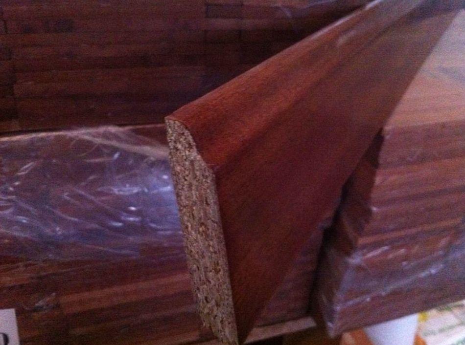 OFERTA zocalo o rodapie chapeado de madera de sapelly suministro a toda España