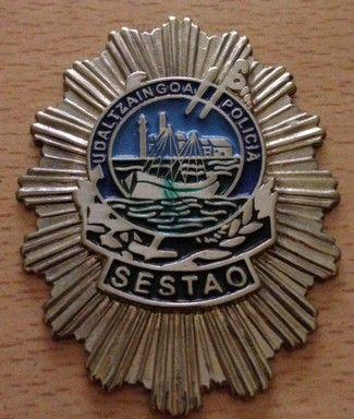 Antigua placa de la policía municipal de Sestao