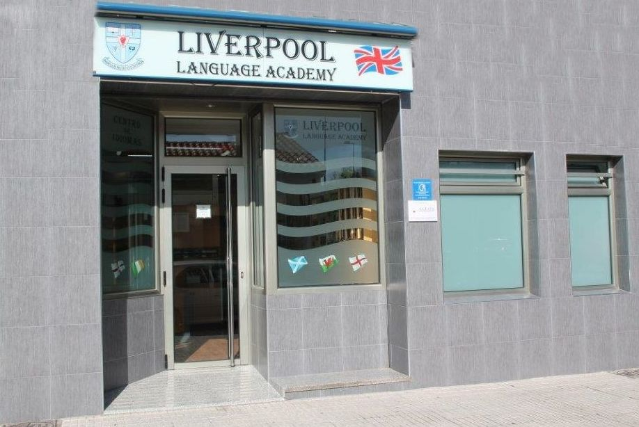 Foto 1 de Academias de idiomas en Gijón | Liverpool Language Academy