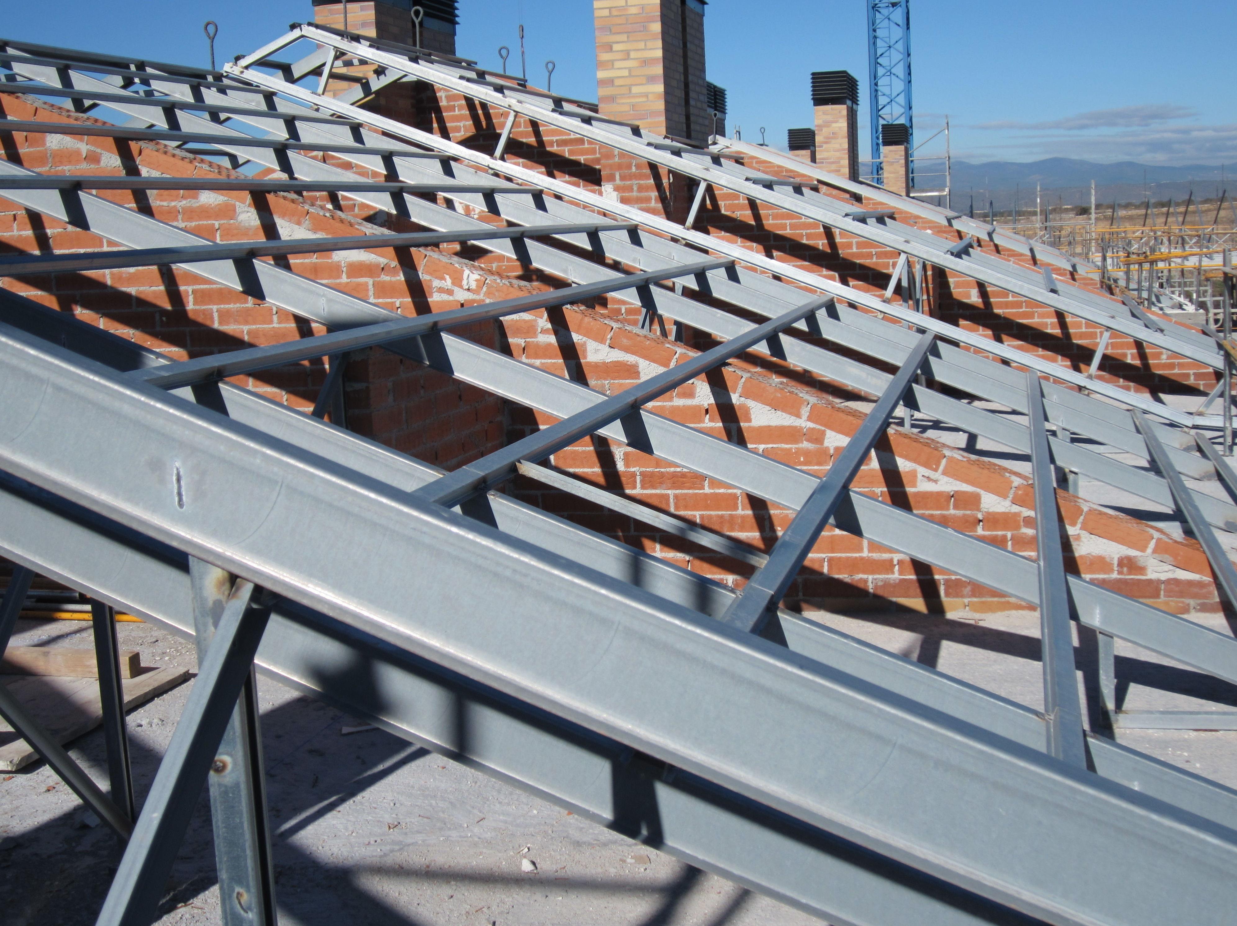 Cubiertas de pizarra con panel s ndwich metalico - Estructura metalica cubierta ...