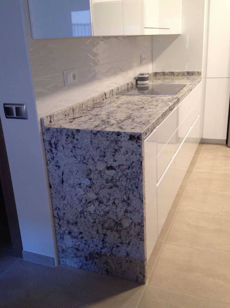 Encimeras de cocina en valencia con excelente relaci n for Cocinas de granito precio