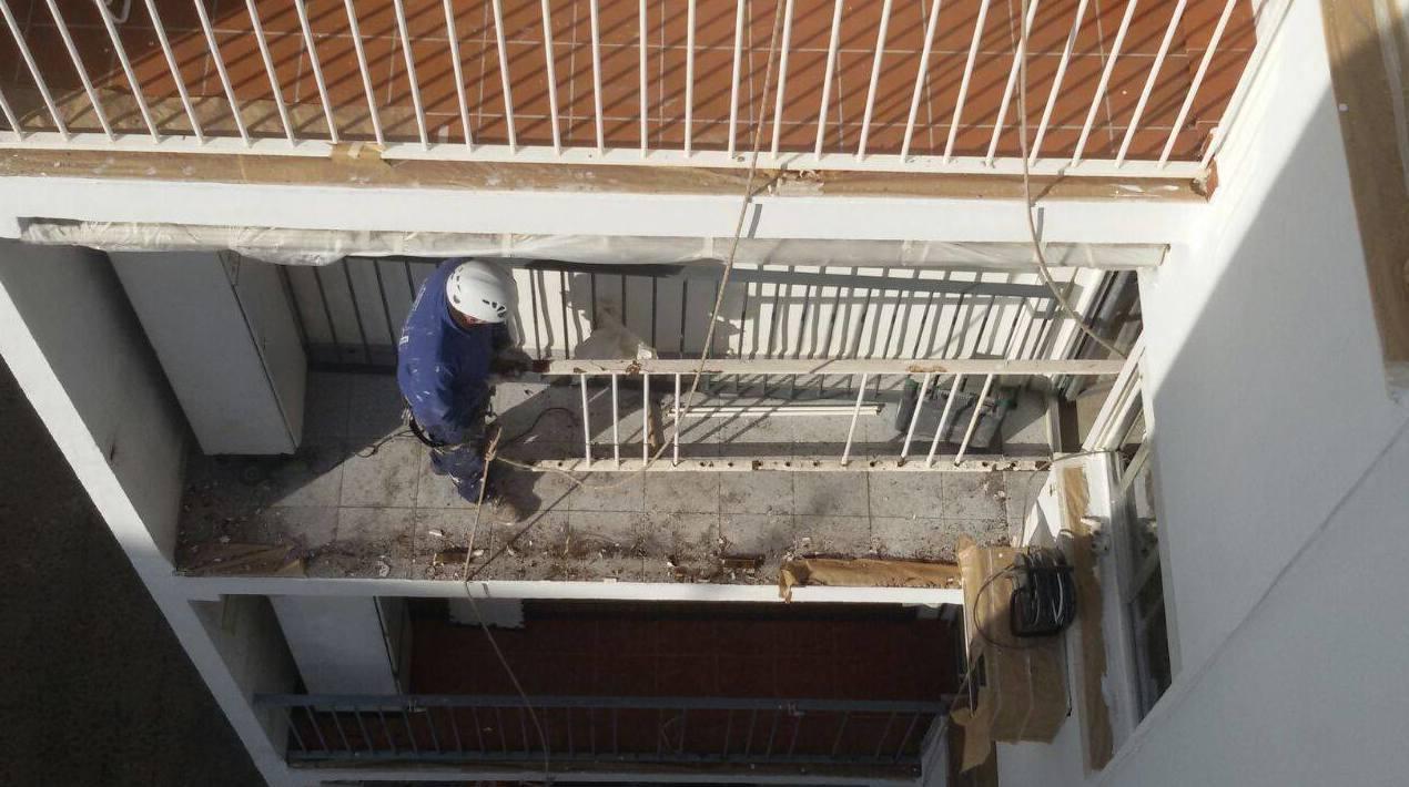 Trabajos de albañilería, fontanería y electricidad