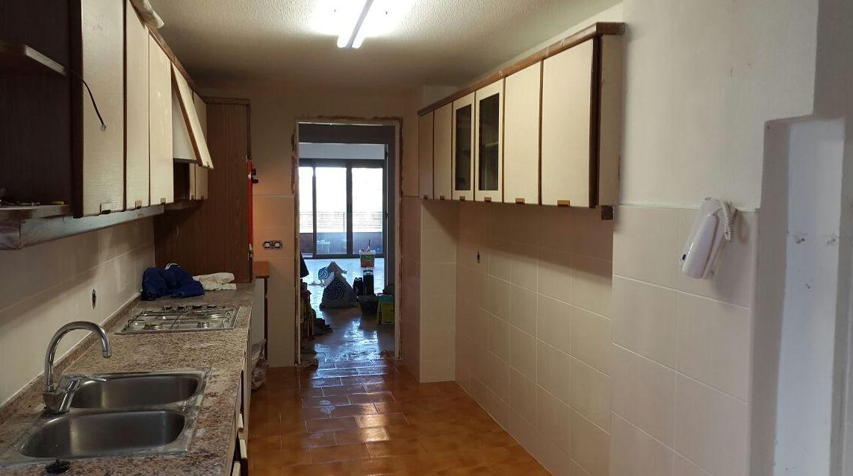 Trabajos de alicatado de cocinas y baños