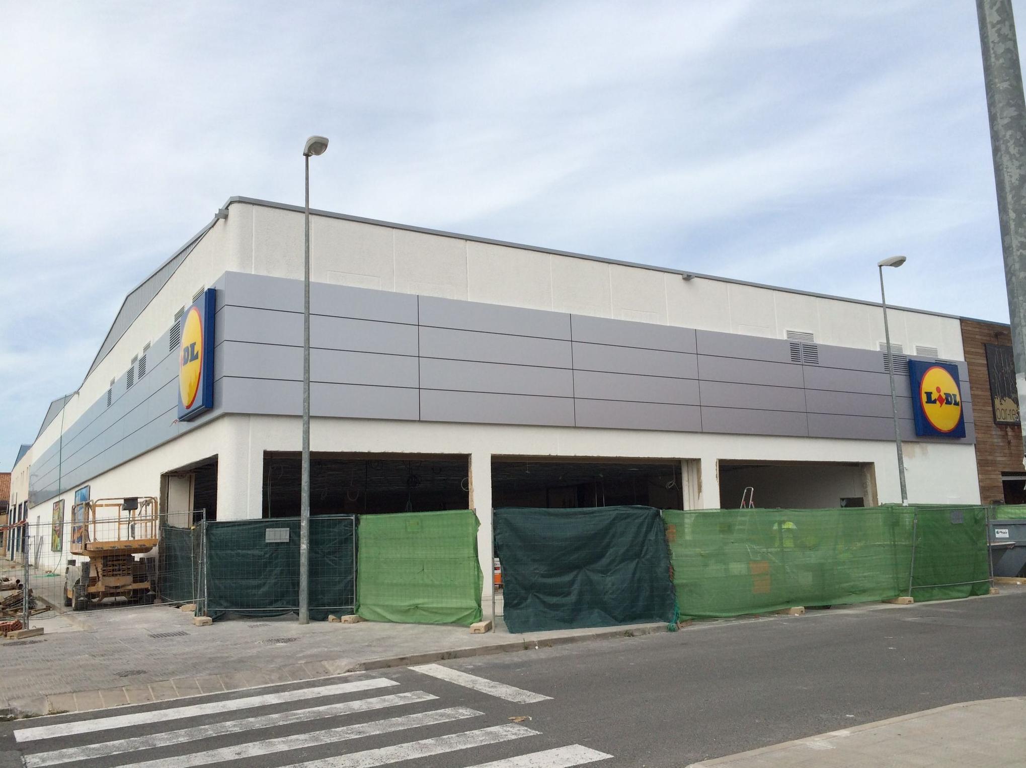 Tabitec finaliza cuatro supermercados lidl for Lidl oficinas centrales
