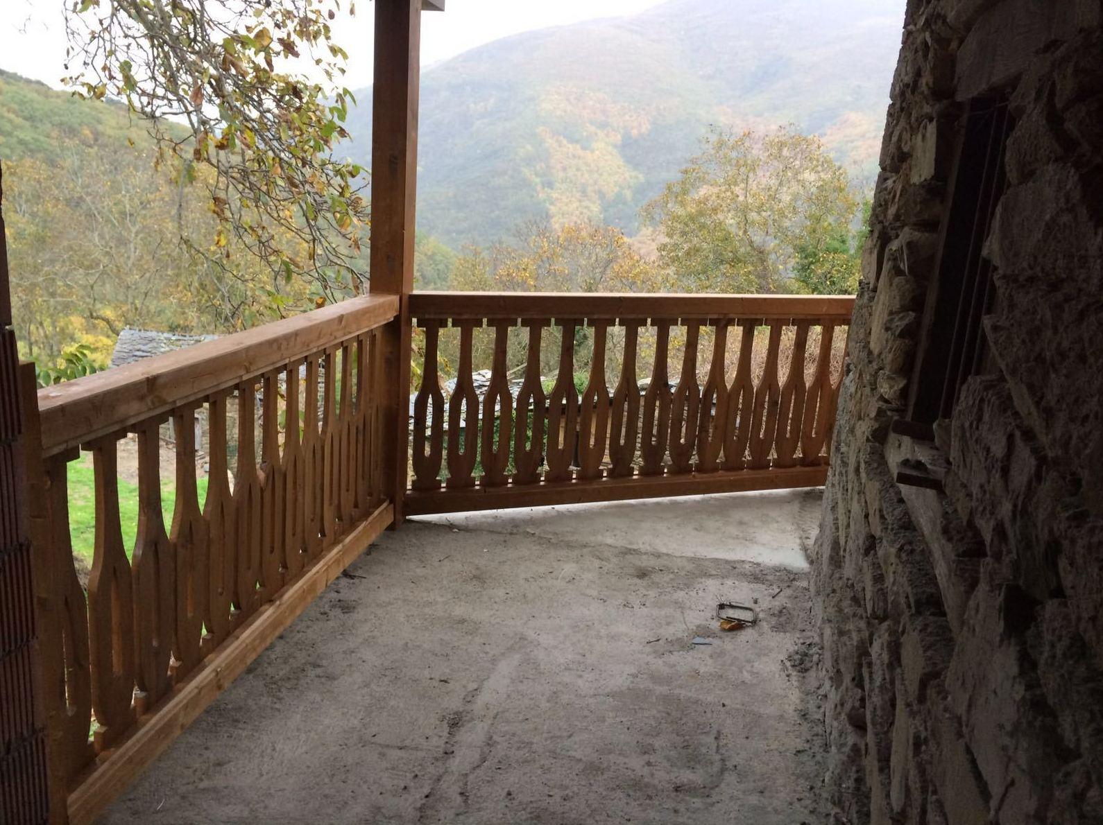 Barandilla de madera exterior simple barandilla madera exterior excellent a disfrutar del - Barandillas de madera exterior ...