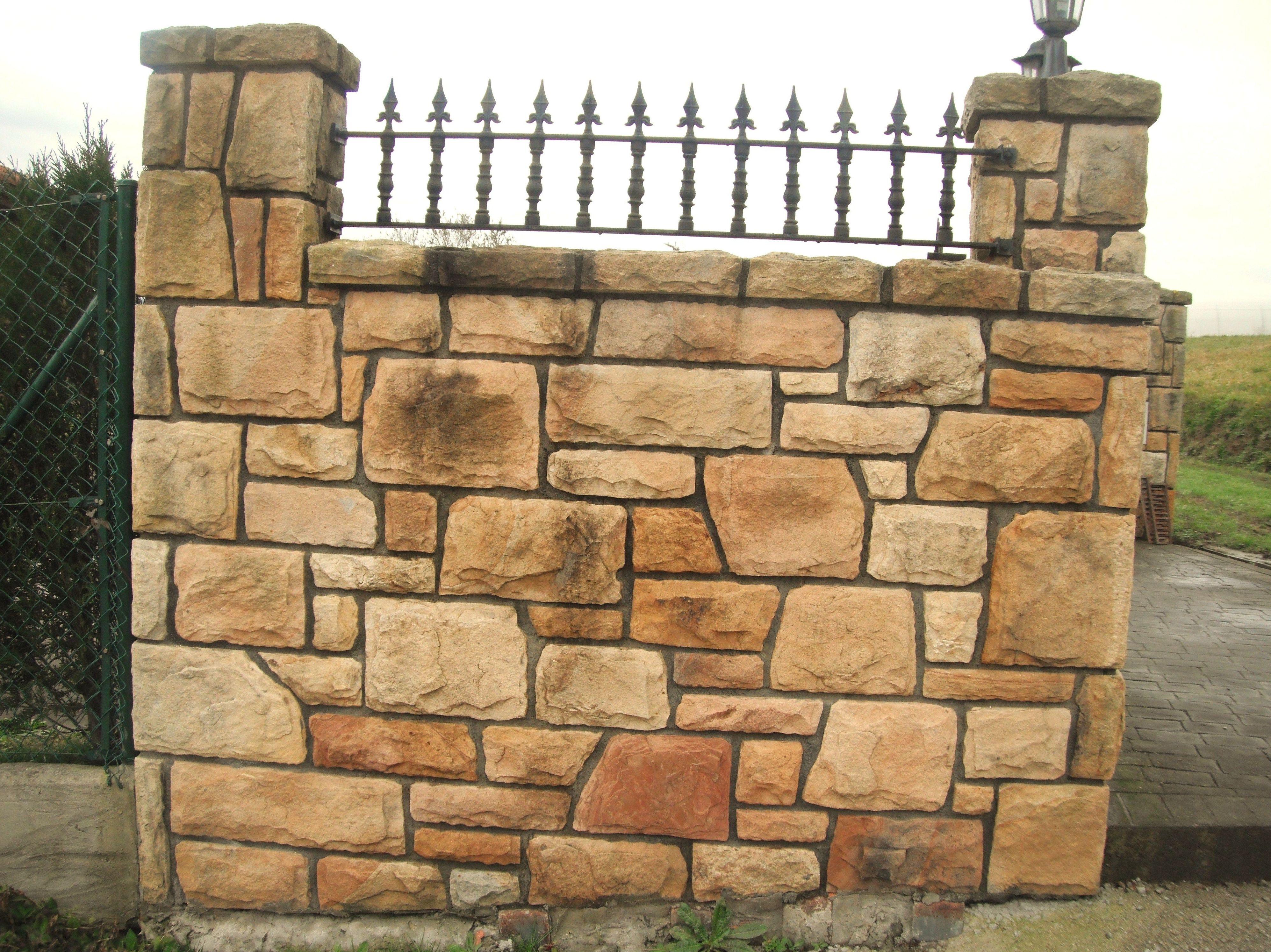 Muros de piedra natural interesting chapados y muros - Muros de piedra natural ...