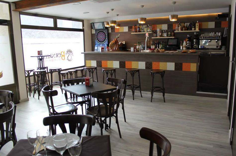 Café Restaurante Bernama, en Letux, Zaragoza