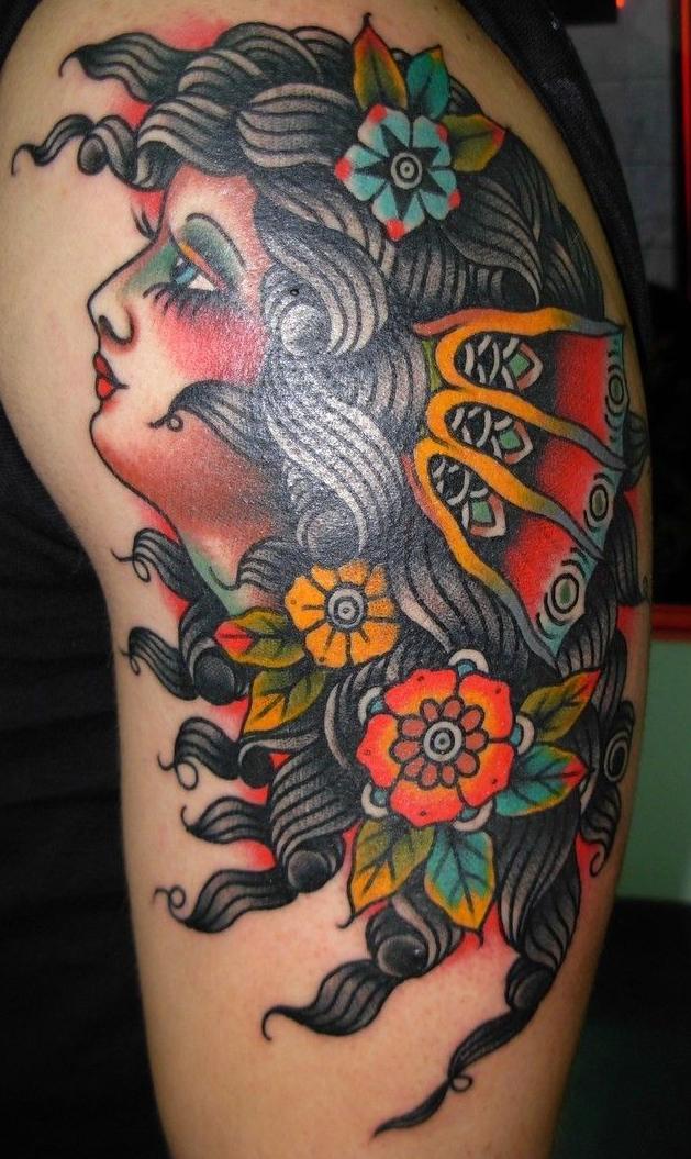 Tatuadores profesionales