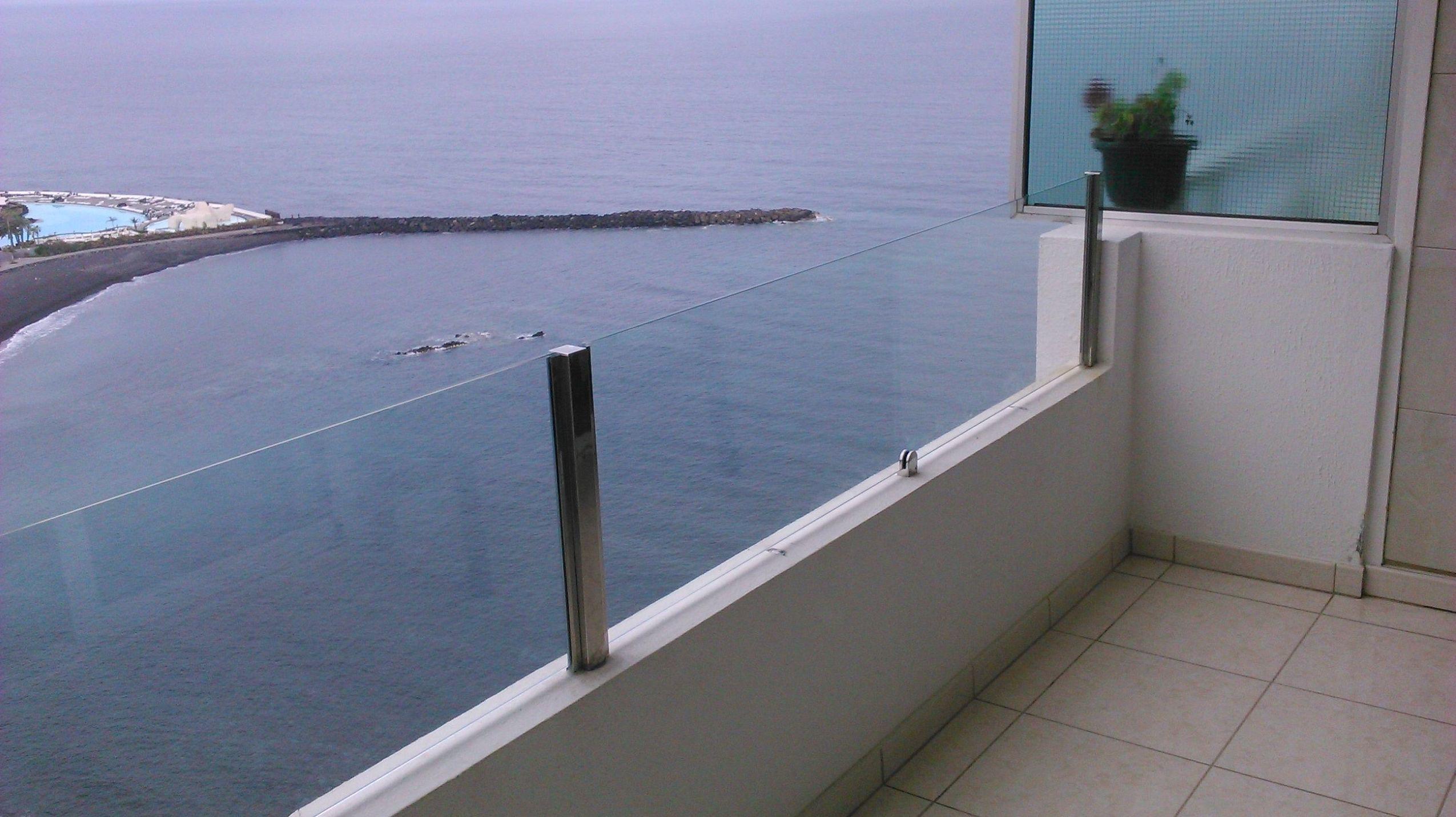 Barandillas de aluminio para terrazas finest fabricamos - Barandillas de cristal para terrazas ...