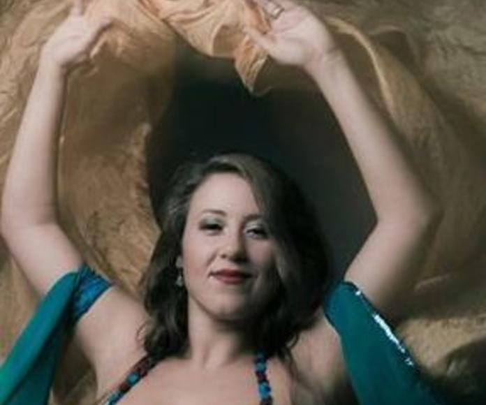 The vel's energy: Danzas y Bailes de Hiurma Danza Oriental