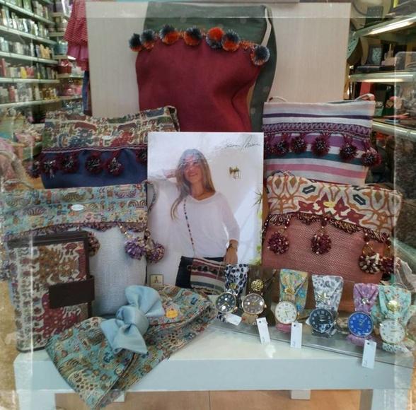 Complementos: Productos y servicios de Perfumería Don Aire