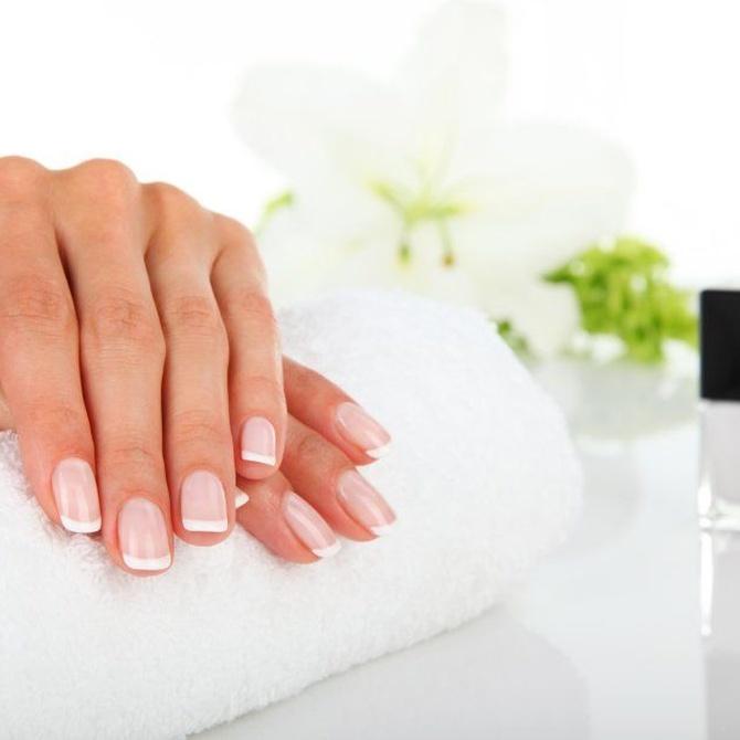 Luce tus uñas todo el invierno con el esmaltado permanente