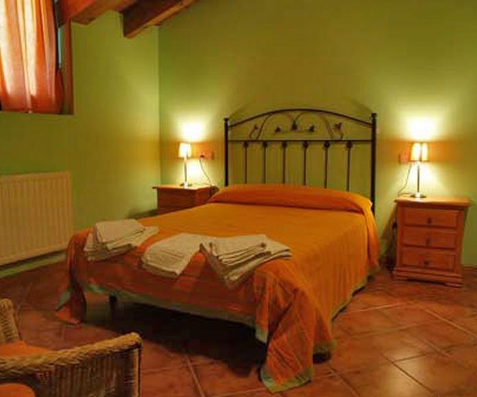 Disponemos de 5 habitaciones: Nuestra casa de Casa Rural Aialusa