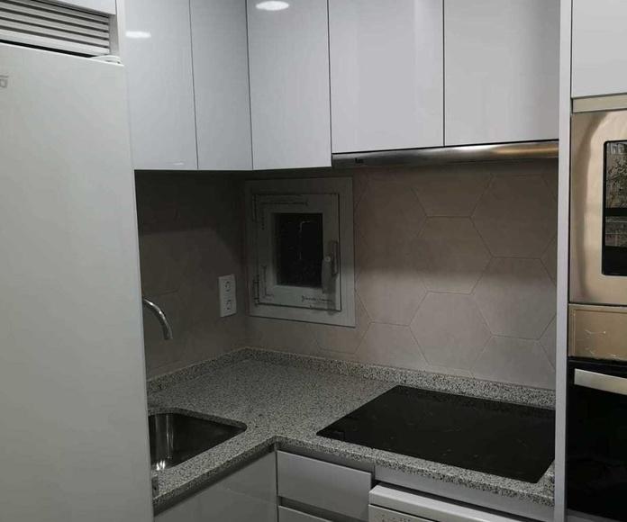 Muebles de Cocina - Proyecto realizado en Madrid Central: PROYECTOS REALIZADOS de Diseño Cocinas MC