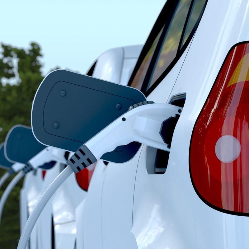 Instalación de recarga de coche eléctrico: Servicios de Pascual Instalaciones Eléctricas y Telecomunicaciones