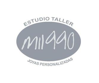 Colgante dos pies: Productos y servicios de Mil990 Taller de Joyas Personalizadas