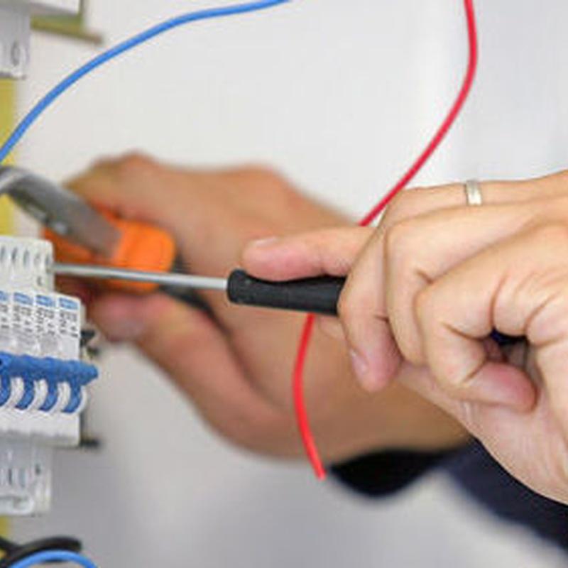 Cuadros eléctricos: Servicios de Instalaciones Eléctricas Davó