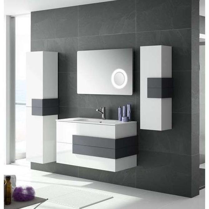Por qué optar por muebles suspendidos en un cuarto de baño pequeño